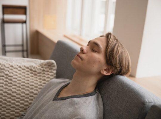 self-hypnosis to sleep better